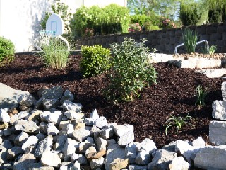 creative ways to use landscaping rocks